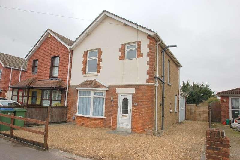3 Bedrooms Semi Detached House for sale in Gosport Road, Fareham