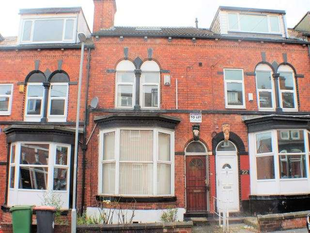 5 Bedrooms Terraced House for rent in Norwood Road, Hyde Park, Leeds