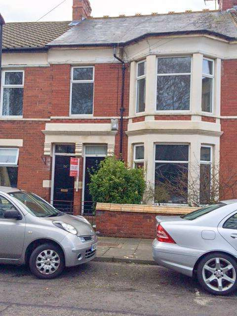 2 Bedrooms Apartment Flat for rent in St Ronans Road, Monkseaton