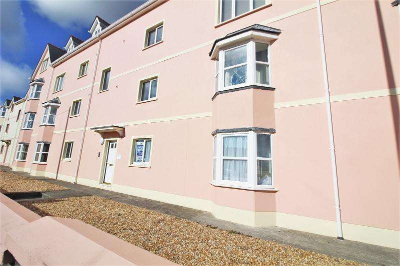 2 Bedrooms Flat for rent in 58 London Road, Pembroke Dock. SA72 6DT