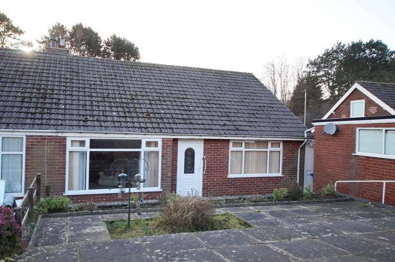 3 Bedrooms Semi Detached Bungalow for sale in St. Lukes Crescent
