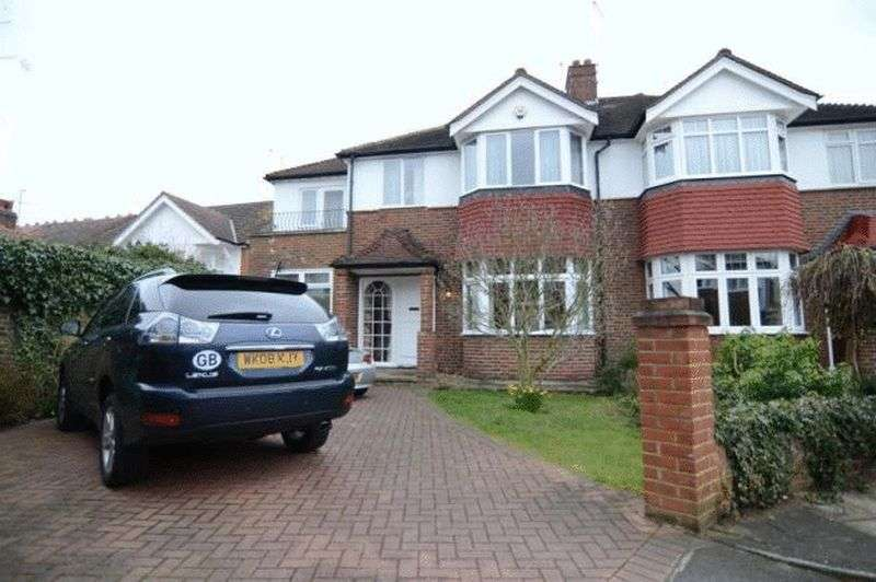 4 Bedrooms Property for sale in Coval Gardens, London