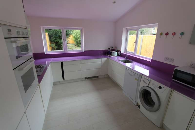 3 Bedrooms House for sale in Elgin Road, Croydon, CR0