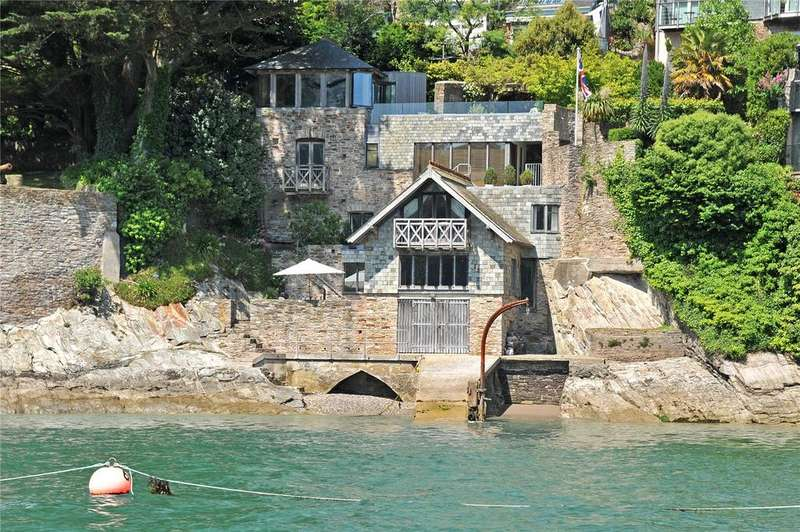 Unique Property for sale in Beacon Road, Kingswear, Dartmouth, Devon, TQ6