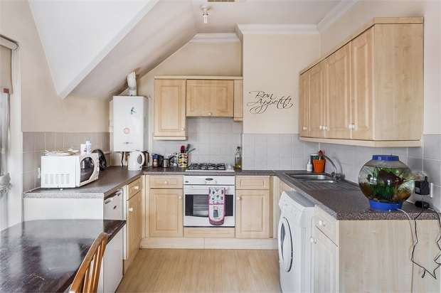 1 Bedroom Flat for sale in 3a, Station Approach, SHEPPERTON, Surrey
