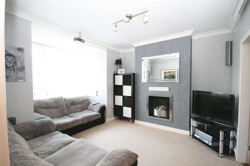 3 Bedrooms Semi Detached House for sale in Lytham Road, Marshside, Southport, PR9 9TY