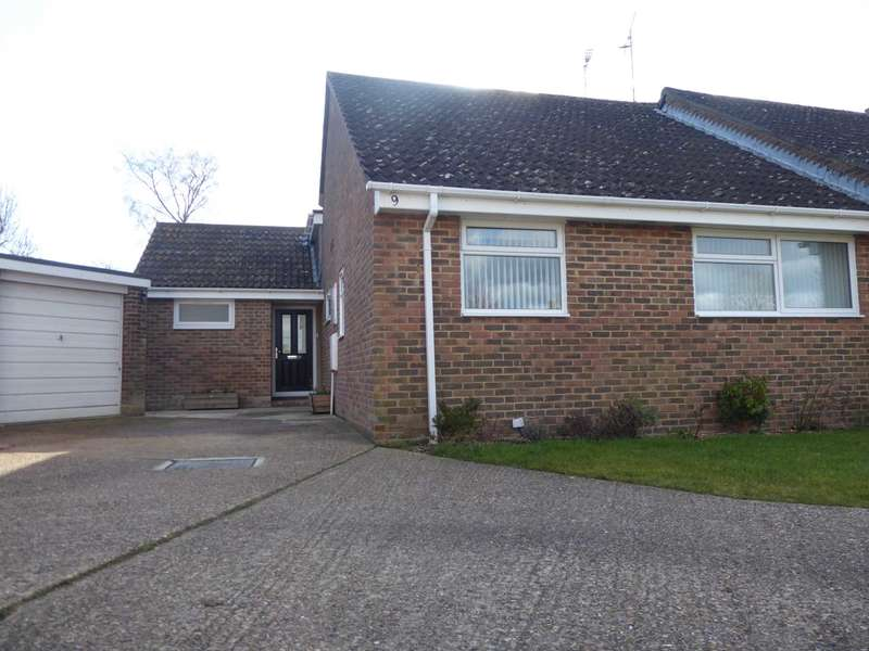 2 Bedrooms Semi Detached House for sale in Oakmede Way, Ringmer
