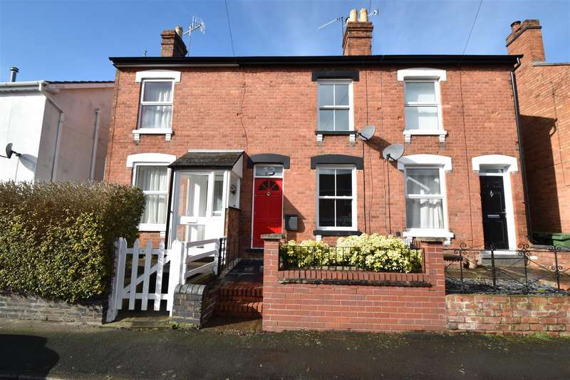 2 Bedrooms Terraced House for sale in Middle Road, Worcester