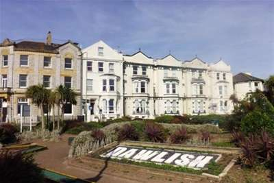 2 Bedrooms Flat for rent in Dawlish