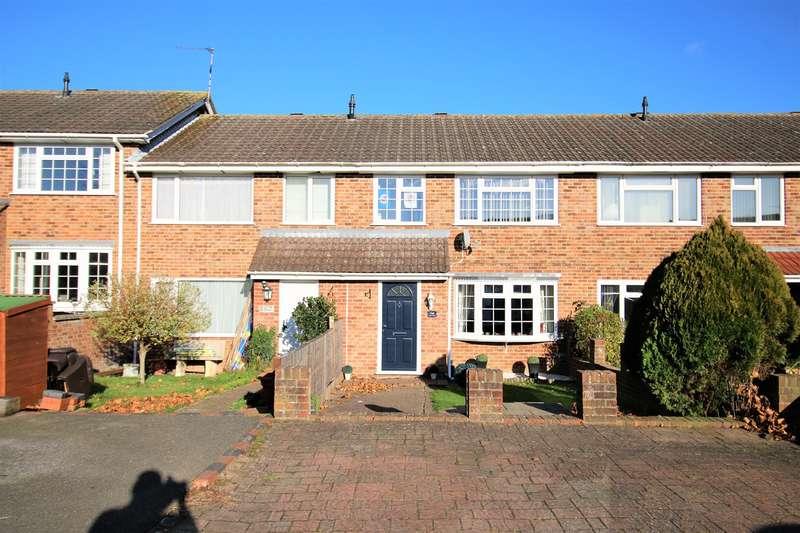 3 Bedrooms Terraced House for sale in Porter Road, Brighton Hill, Basingstoke, RG22