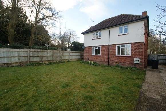 3 Bedrooms Detached House for rent in Harefield Crescent, Netheravon