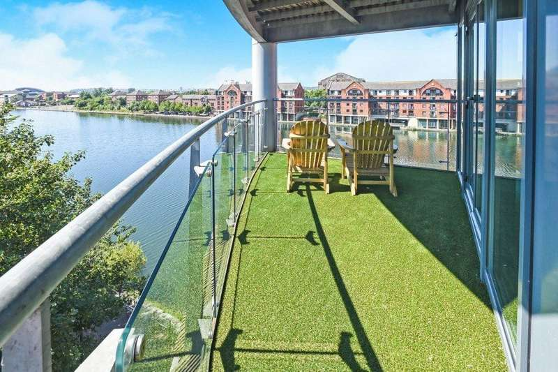 2 Bedrooms Apartment Flat for sale in Atlantic Wharf, Cardiff CF10