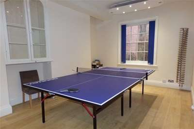 4 Bedrooms House for rent in New Walk, LE1 6TF