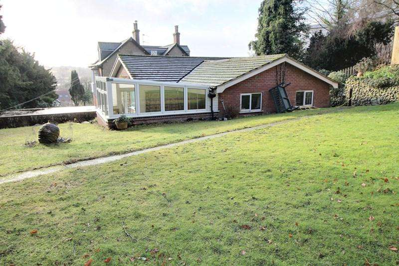 3 Bedrooms Detached Bungalow for sale in Yarmouth Road, Thorpe St Andrew, Norwich