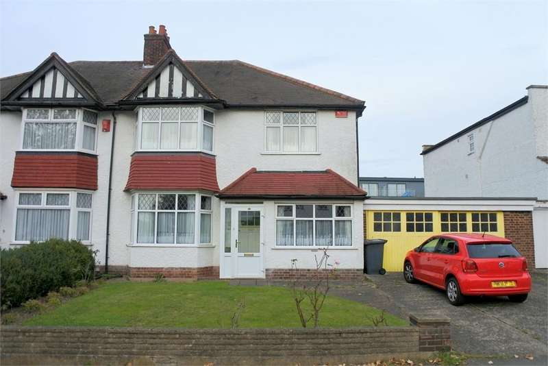 3 Bedrooms Semi Detached House for sale in Coniston Road, Bromley, Kent, BR1 4JG