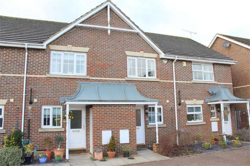 2 Bedrooms Terraced House for rent in Starlight Way, St Albans, Hertfordshire