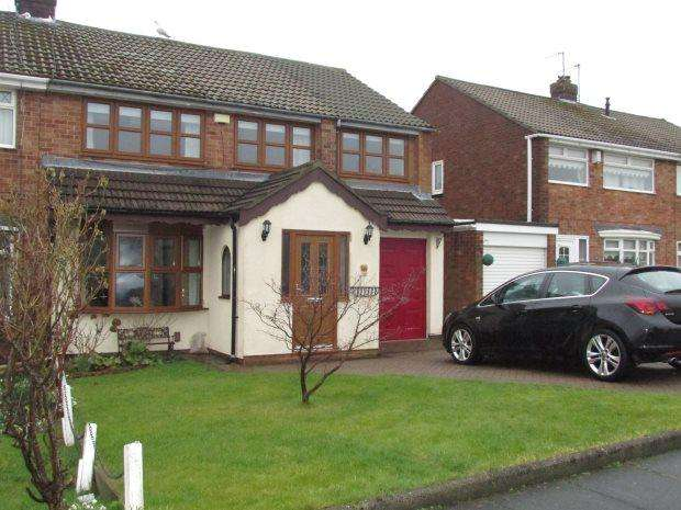 4 Bedrooms Semi Detached House for sale in WELLAND ROAD, FENS, HARTLEPOOL