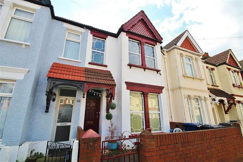 3 Bedrooms Terraced House for sale in Orchard Avenue, Southall, UB1 1LG