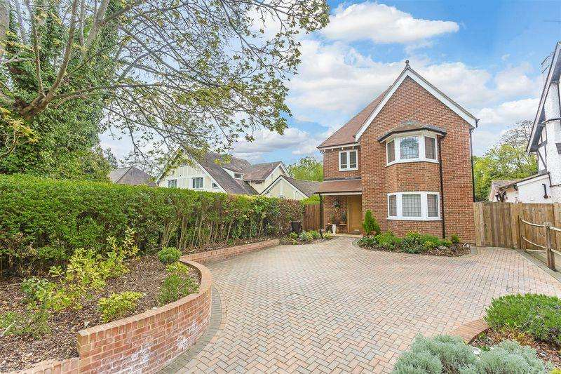 5 Bedrooms Detached House for sale in Foxley Lane, West Purley