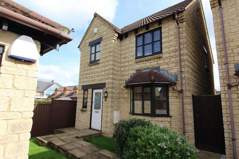 4 Bedrooms Detached House for sale in Wetherby Grove, Downend, Bristol, BS16 6QB