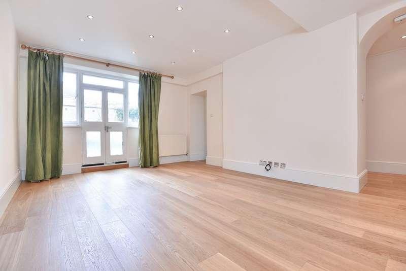 2 Bedrooms Flat for sale in Ellesmere Court, Seymour Villas, Anerley, SE20