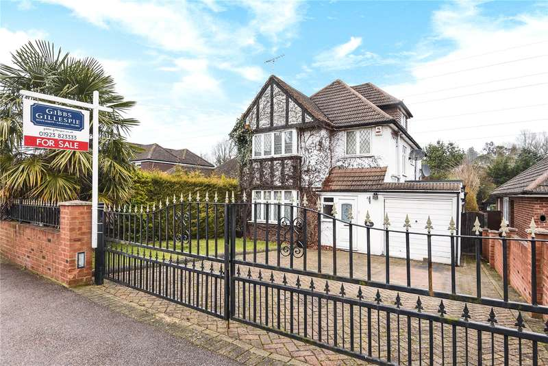 5 Bedrooms Detached House for sale in Brookdene Avenue, Oxhey Hall, WD19