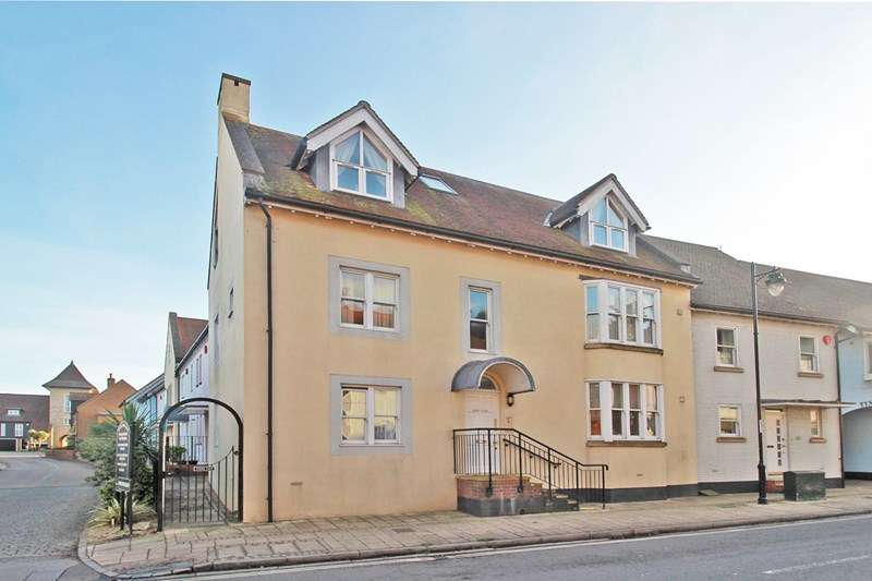 2 Bedrooms Flat for sale in Bridge Street, Christchurch