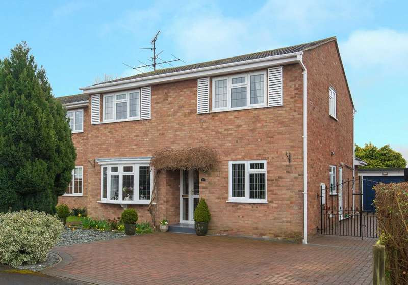 4 Bedrooms Detached House for sale in Stepnells, Marsworth