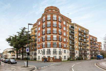 2 Bedrooms Flat for sale in Polygon, Southampton, Hampshire