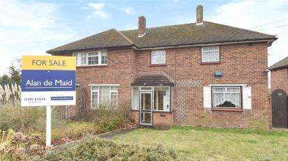 3 Bedrooms Semi Detached House for sale in Crockenhill Road, Orpington