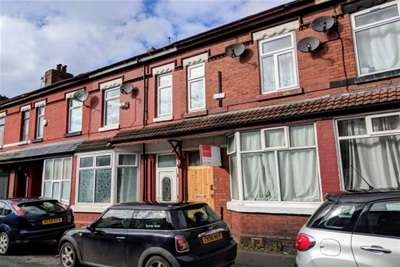 6 Bedrooms Terraced House for rent in Banff Road, Rusholme, M14