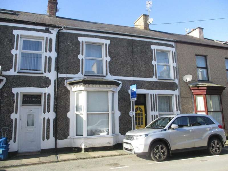4 Bedrooms Terraced House for sale in 38 Madog Street, Porthmadog LL49