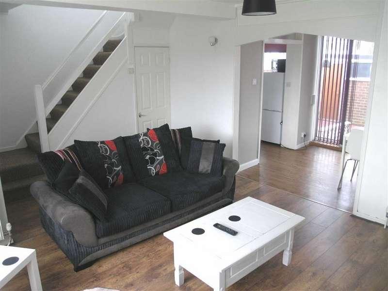 3 Bedrooms Terraced House for rent in Mold Road, Deeside, Flintshire, CH5