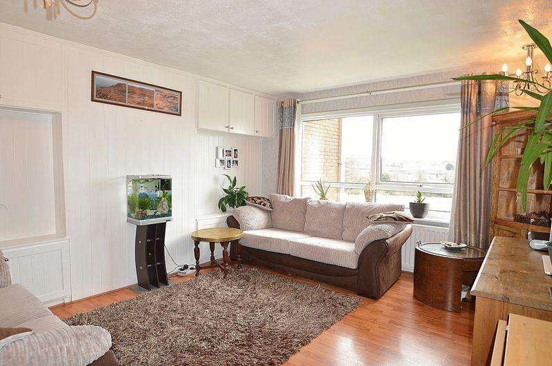 2 Bedrooms Apartment Flat for sale in Greenlands Court, Jasmin Croft, Kings Heath, Birmingham, B14