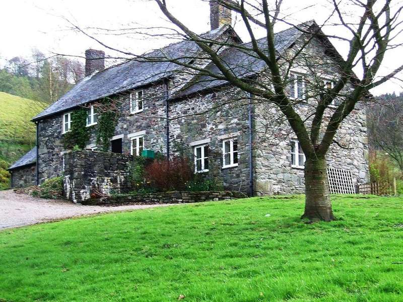4 Bedrooms House for rent in Llanarmon Dyffryn Ceiriog, Llangollen, Wrexham, LL20