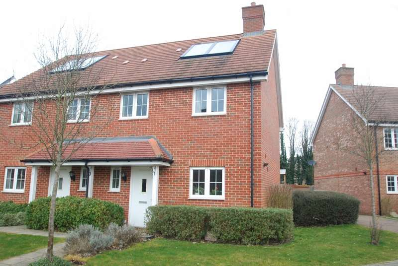 3 Bedrooms Semi Detached House for sale in Brudenell Close, Amersham, HP6