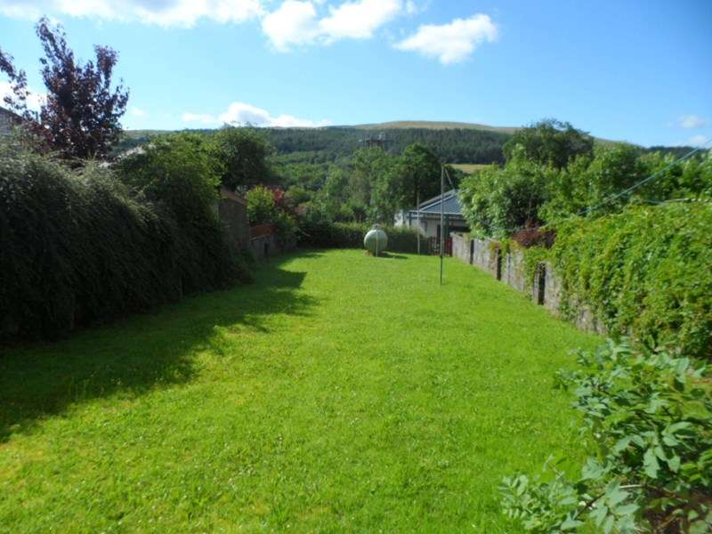 2 Bedrooms Semi Detached House for sale in Tan Yr Allt, Abercrave, Swansea