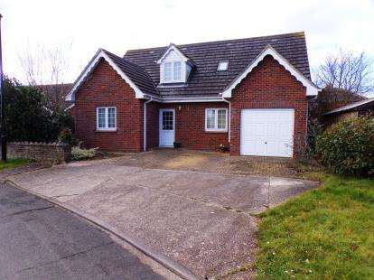 5 Bedrooms Bungalow for sale in Ryde, Isle Of Wight