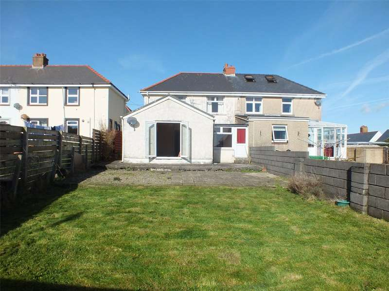 3 Bedrooms Semi Detached House for sale in Nelson Avenue, Hakin, Milford Haven