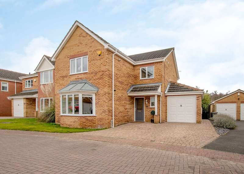 4 Bedrooms Detached House for sale in Bluebell Wood Lane, Woodlaithes Village
