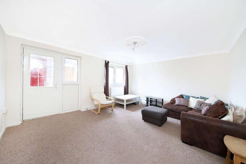 3 Bedrooms Maisonette Flat for sale in Fords Park Road, London