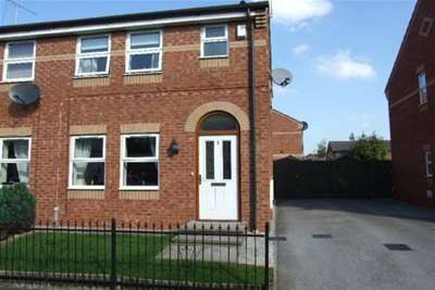 3 Bedrooms House for rent in St.Clair Street, Crewe