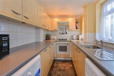 2 Bedrooms House for rent in St. Michaels Street, Sutton In Ashfield