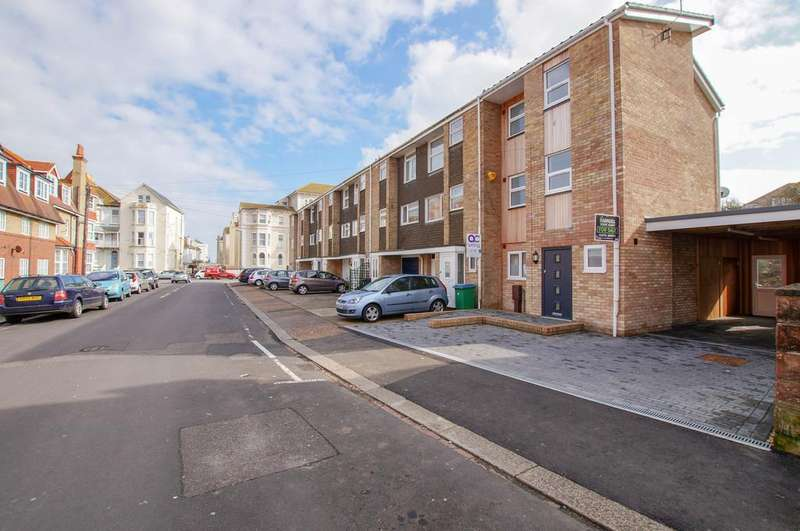 4 Bedrooms Town House for sale in Stocker Road, Bognor Regis