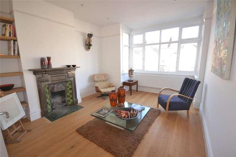 3 Bedrooms Apartment Flat for sale in Kilmartin Avenue, Streatham, SW16