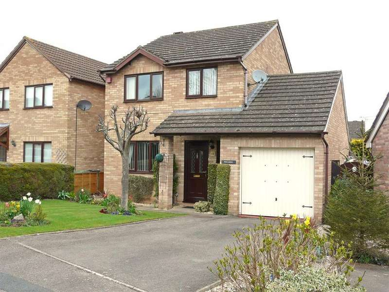 3 Bedrooms Detached House for sale in Buckfast Close, Belmont, Hereford, HR2