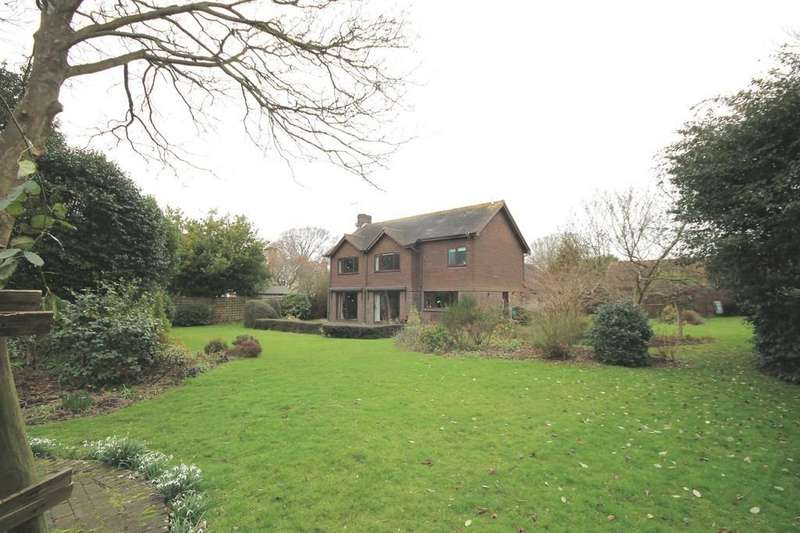 3 Bedrooms Detached House for sale in Southwick Street, Southwick