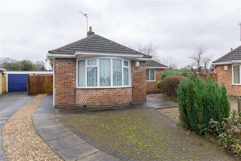 2 Bedrooms Detached Bungalow for sale in Croome Close, Loughborough, LE11