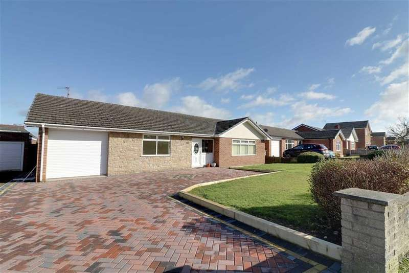 2 Bedrooms Detached Bungalow for sale in Beeston Drive, Winsford, Cheshire