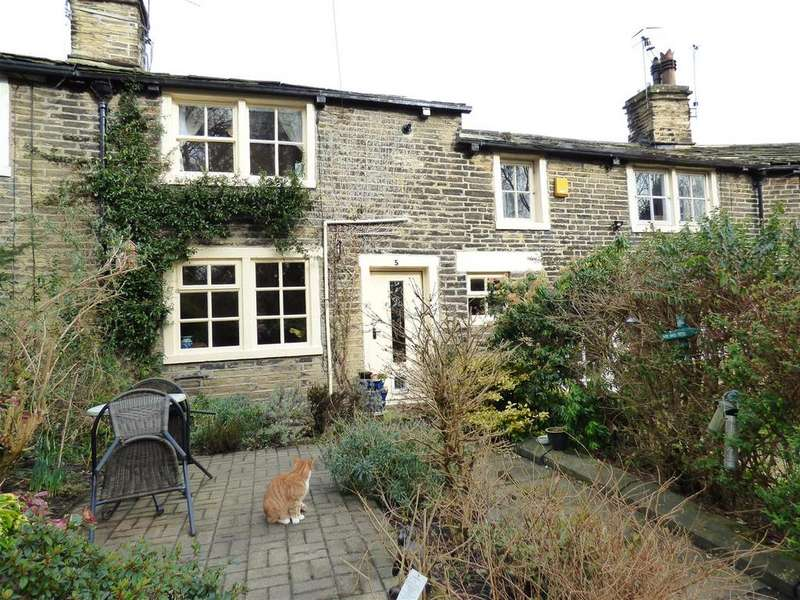 1 Bedroom Cottage House for sale in Garden Terrace, Heaton, Bradford, BD9 4AA